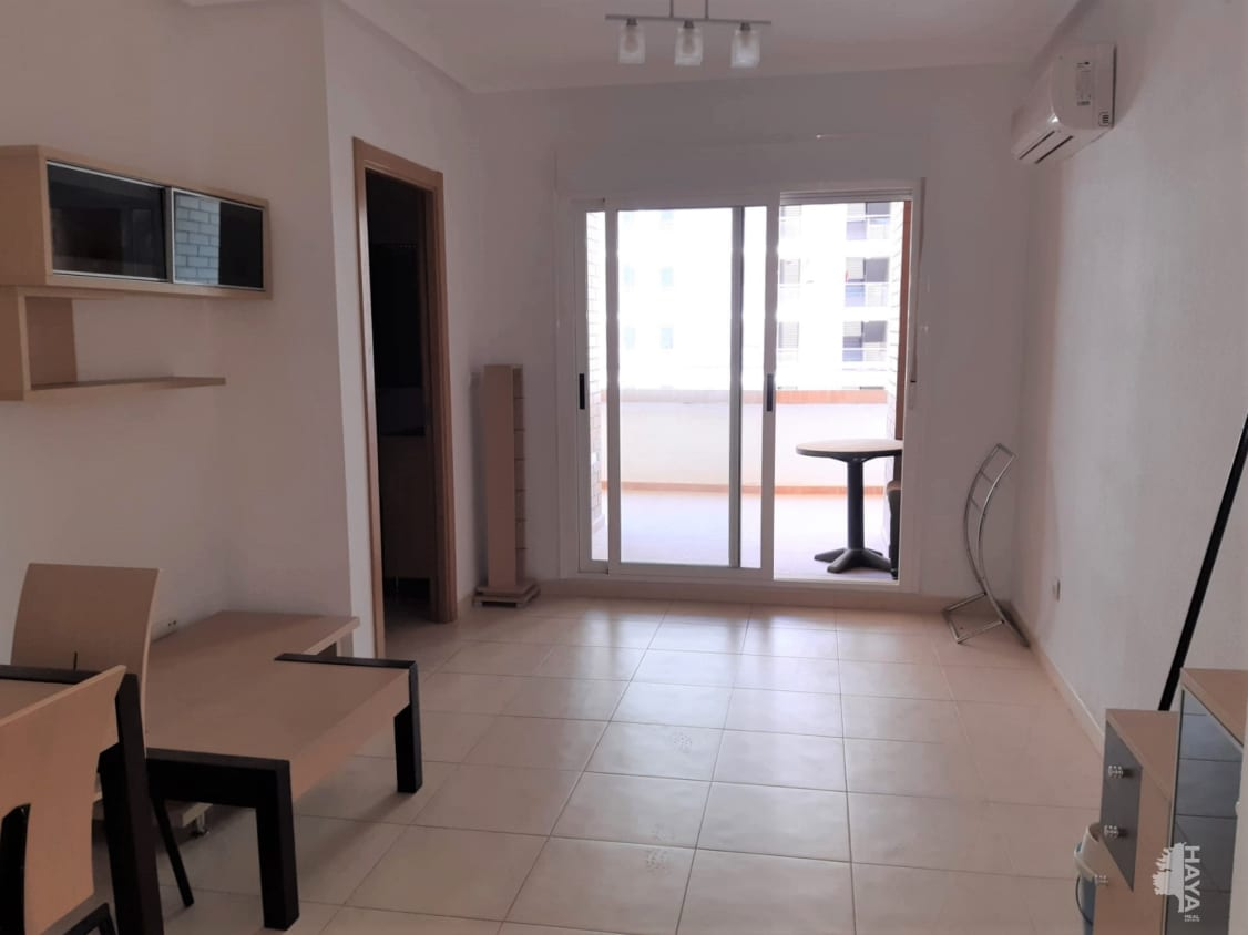 Piso en venta en Piso en Oropesa del Mar/orpesa, Castellón, 97.400 €, 2 habitaciones, 2 baños, 78 m2
