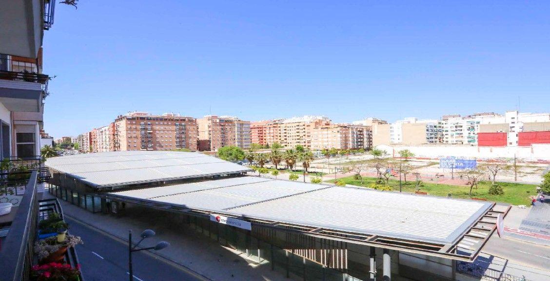 Piso en venta en Piso en Valencia, Valencia, 131.500 €, 3 habitaciones, 1 baño, 68 m2