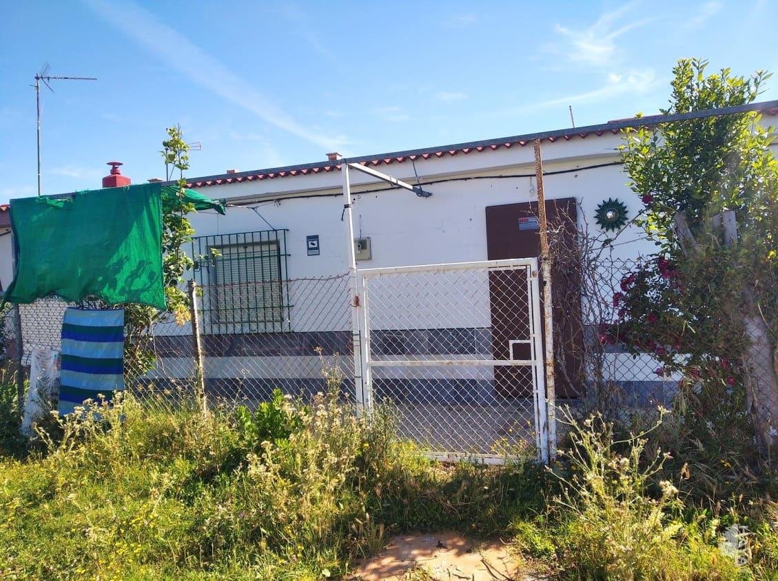 Casa en venta en Las Tres Piedras, Chipiona, Cádiz, Lugar Tres Piedras de Las, 100.600 €, 3 habitaciones, 1 baño, 68 m2