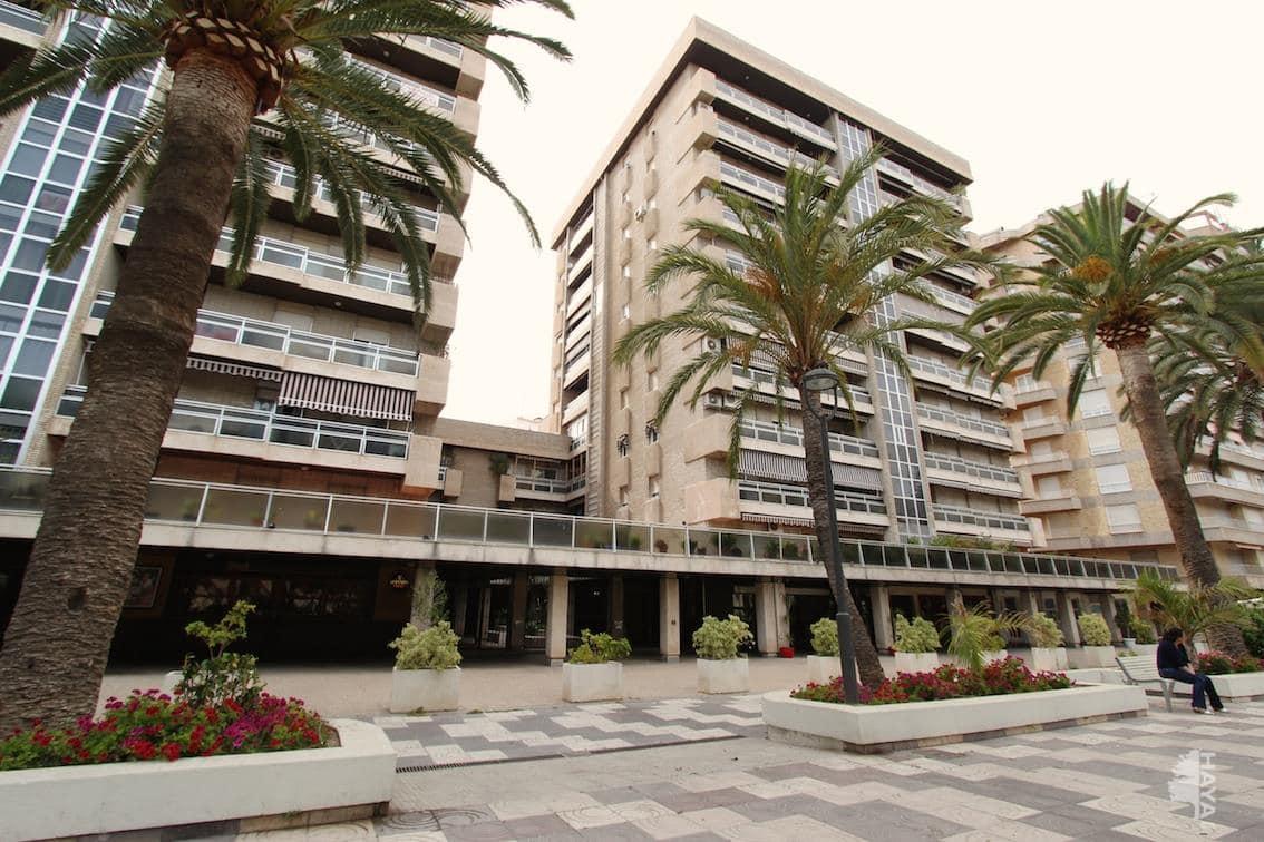 Piso en venta en Motril, Granada, Paseo Explanadas (de Las), 142.000 €, 3 habitaciones, 2 baños, 175 m2