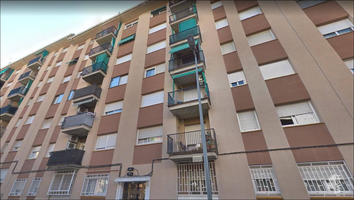 Piso en venta en Ca N`ustrell, Sabadell, Barcelona, Calle Plini El Vell, 103.700 €, 4 habitaciones, 1 baño, 98 m2