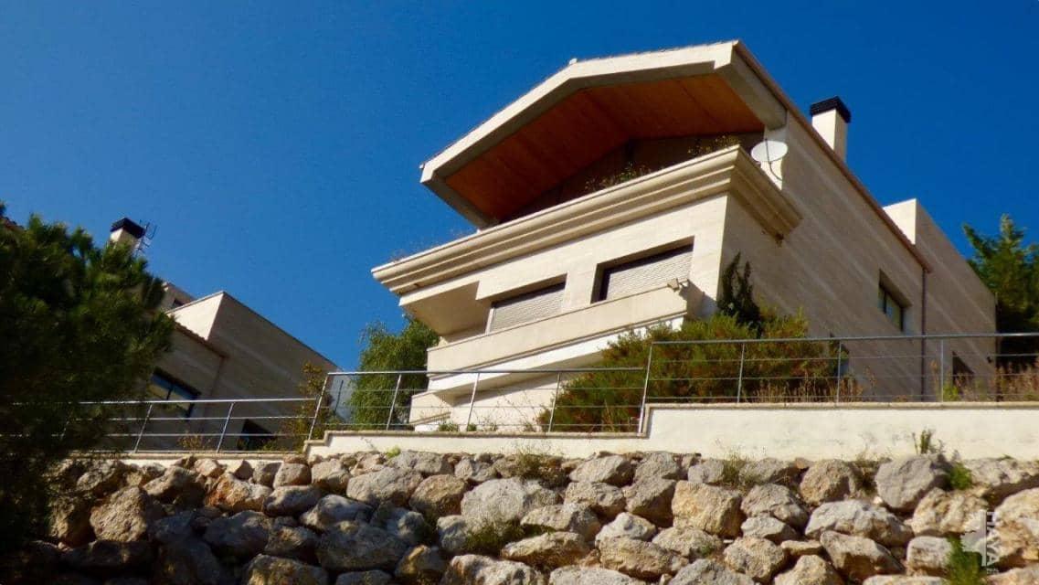 Casa en venta en Xalet de la Casa Nova, Sitges, Barcelona, Pasaje Ametllers, 828.000 €, 3 habitaciones, 3 baños, 261 m2