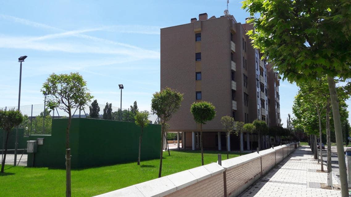 Piso en venta en Valladolid, Valladolid, Calle Arribes del Duero, 150.200 €, 3 habitaciones, 2 baños, 113 m2