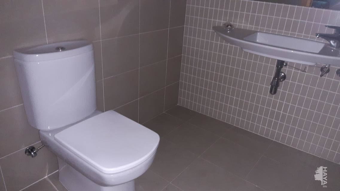 Piso en venta en Piso en Terrassa, Barcelona, 163.400 €, 2 habitaciones, 2 baños, 52 m2