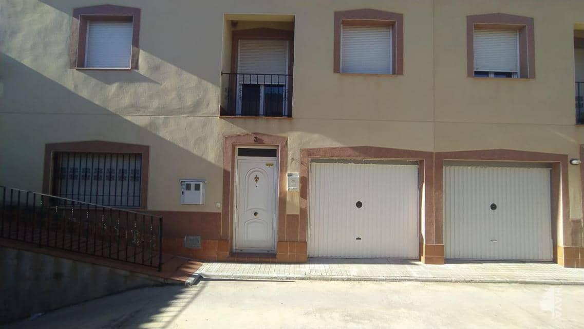 Casa en venta en Argamasilla de Alba, Argamasilla de Alba, Ciudad Real, Calle Angel Pereira, 67.000 €, 3 habitaciones, 2 baños, 111 m2
