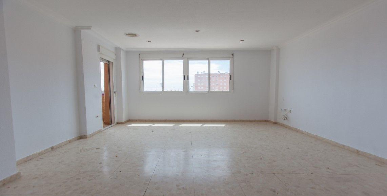 Piso en venta en Ciutat Univeritària, Elche/elx, Alicante, Avenida Jubalcoy, 150.000 €, 3 habitaciones, 2 baños, 110 m2