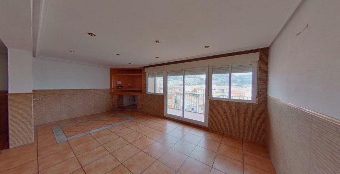 Piso en venta en Piso en Alcoy/alcoi, Alicante, 50.000 €, 3 habitaciones, 1 baño, 78 m2
