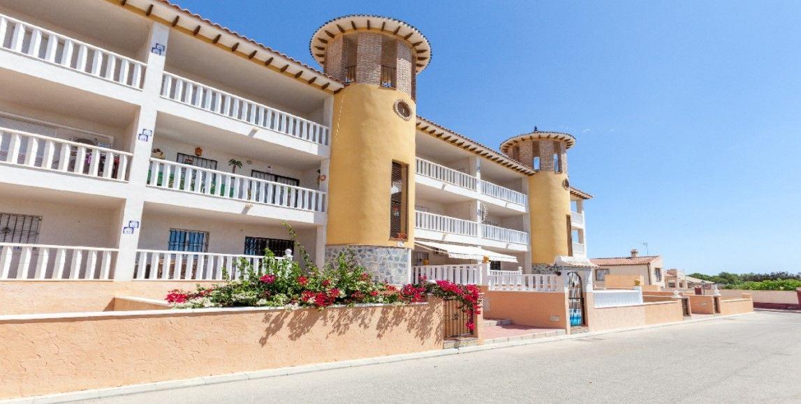 Piso en venta en Orihuela, Alicante, Calle Cañada, 75.000 €, 2 habitaciones, 1 baño, 80 m2