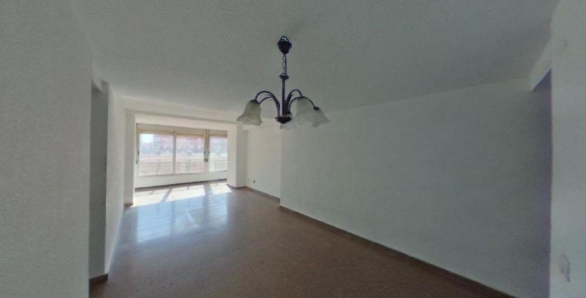 Piso en venta en Benidorm, Alicante, Calle Beniarda, 120.000 €, 2 habitaciones, 1 baño, 75 m2