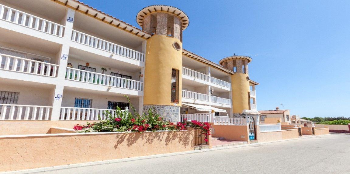 Piso en venta en Orihuela, Alicante, Calle Cañada, 78.500 €, 2 habitaciones, 1 baño, 80 m2