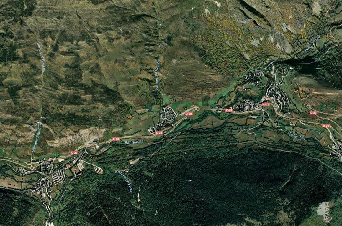 Piso en venta en Naut Aran, Lleida, Calle Pirineus, 211.200 €, 3 habitaciones, 1 baño, 95 m2
