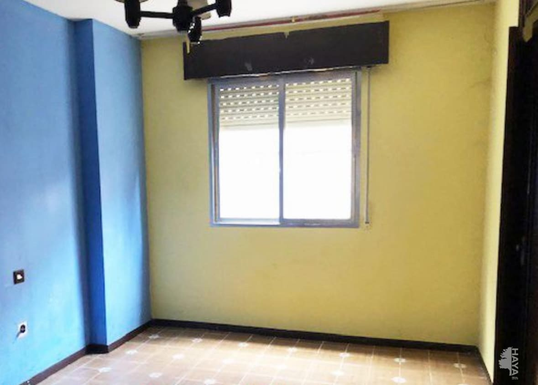 Piso en venta en Piso en Sotillo de la Adrada, Ávila, 66.200 €, 3 habitaciones, 2 baños, 102 m2