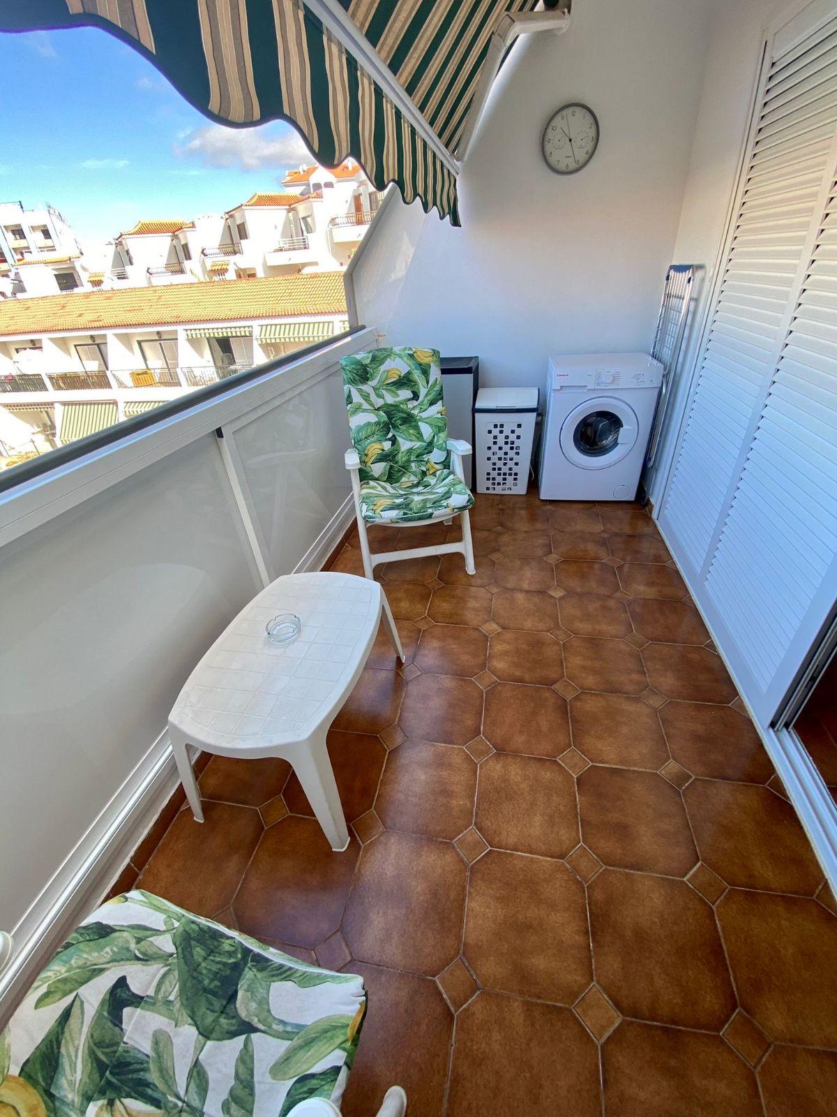 Piso en venta en 40769, Arona, Santa Cruz de Tenerife, Calle Rodeo, 194.000 €, 2 habitaciones, 2 baños, 70 m2