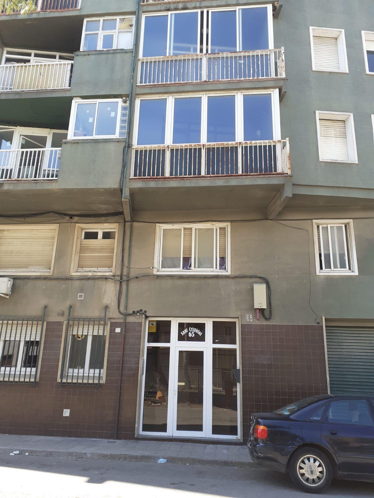 Piso en venta en Cervera, Lleida, Avenida Prat de la Riban, 32.300 €, 3 habitaciones, 71 m2