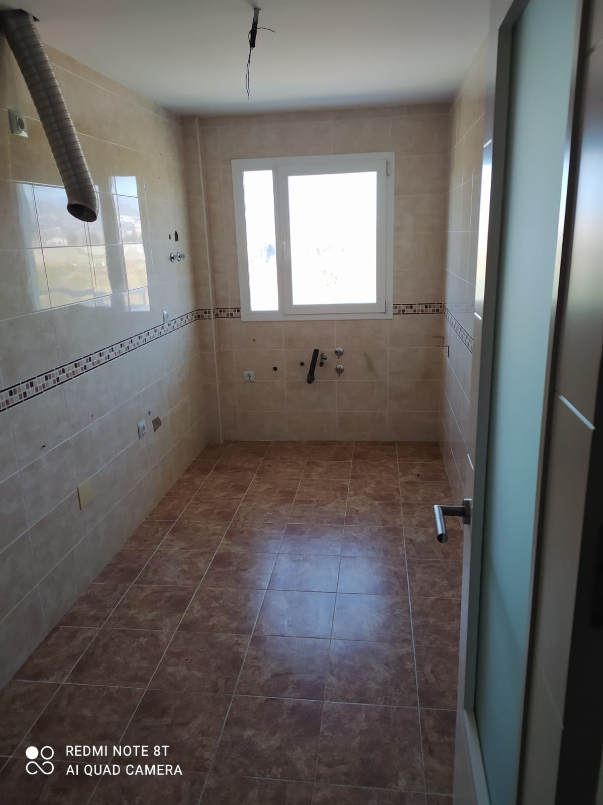 Piso en venta en Piso en Motril, Granada, 78.100 €, 2 habitaciones, 1 baño, 106 m2