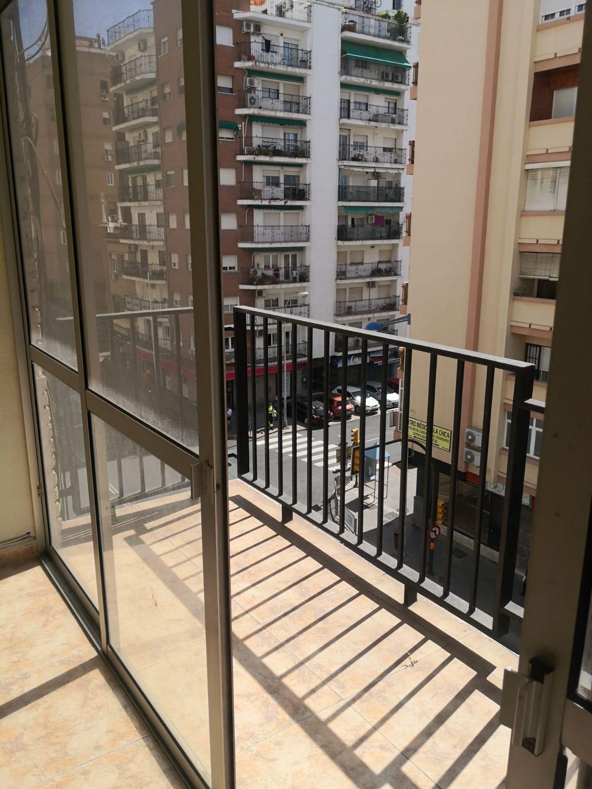 Piso en venta en Huelva, Huelva, Calle Alcalde Federico Molina, 98.800 €, 3 habitaciones, 2 baños, 114 m2
