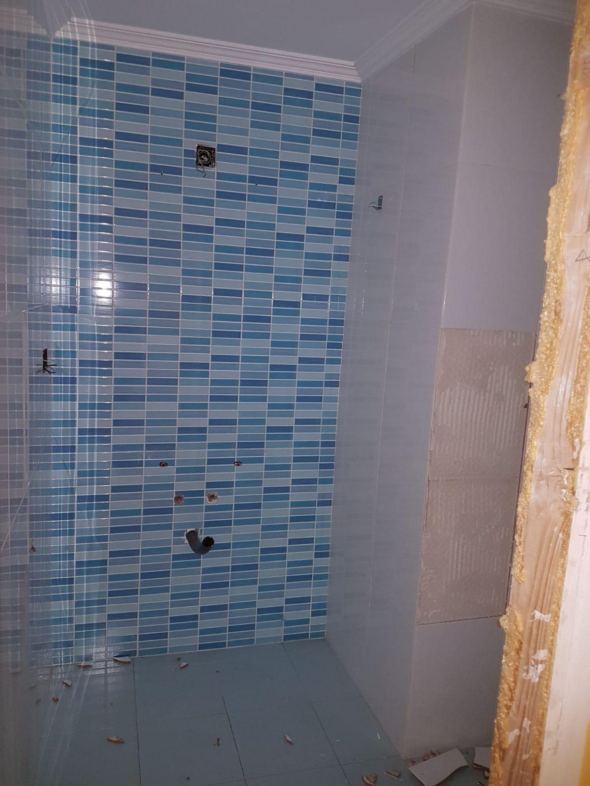 Piso en venta en Piso en Narón, A Coruña, 48.000 €, 1 baño, 49 m2, Garaje