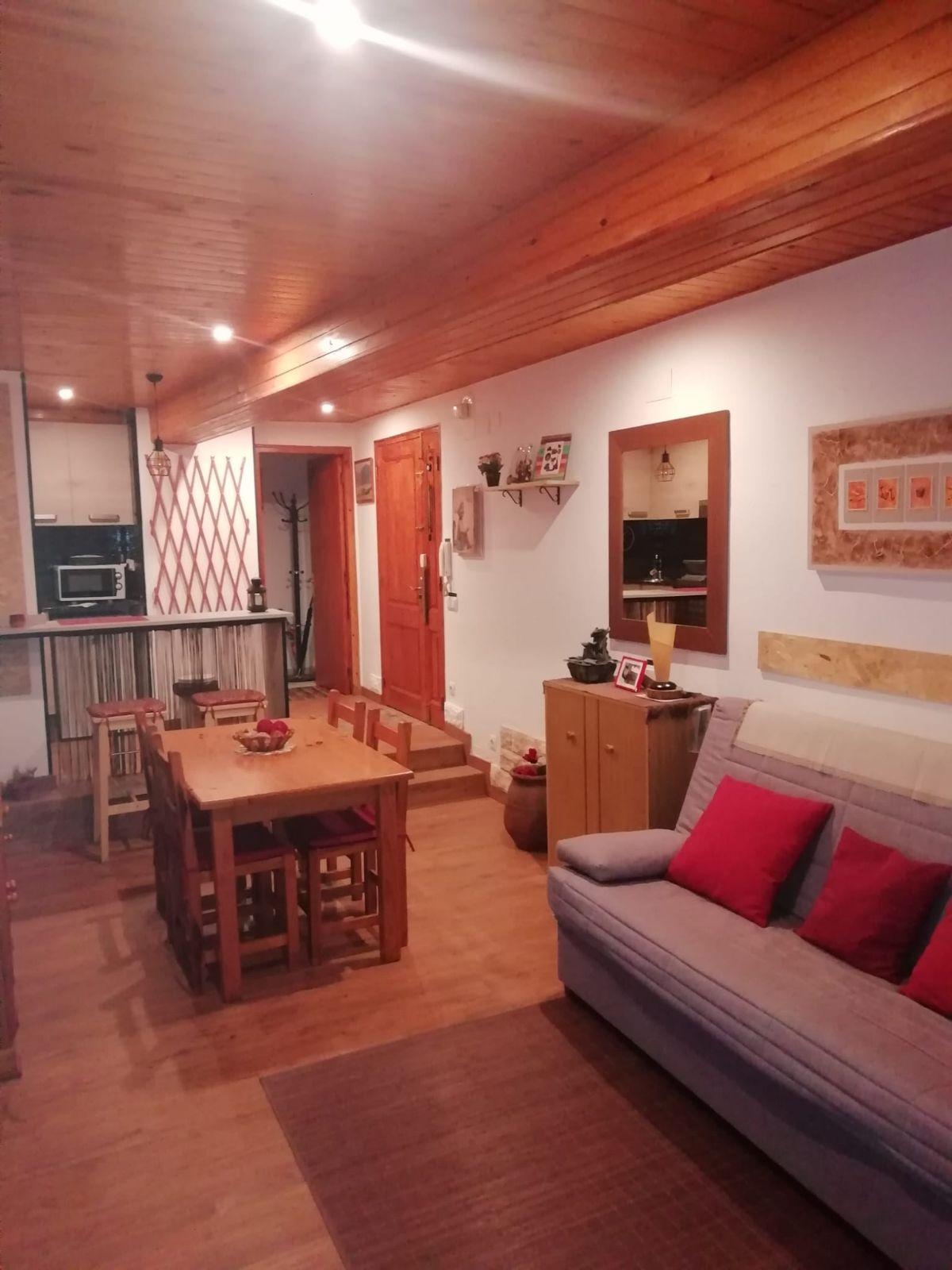 Piso en venta en Cal Rota, Berga, Barcelona, Calle Balç, 33.000 €, 30 m2