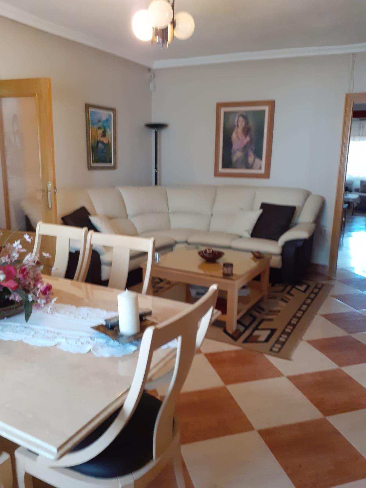 Casa en venta en Cinco Casas, Alcázar de San Juan, Ciudad Real, Calle Labradores (cinco Casas), 125.000 €, 5 habitaciones, 3 baños, 700 m2