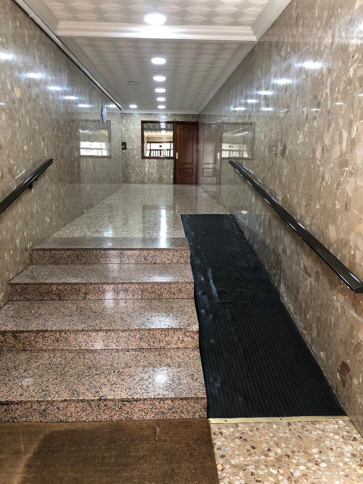 Piso en venta en Puertollano, Ciudad Real, Calle Gran Capitan, 63.000 €, 3 habitaciones, 1 baño, 120 m2