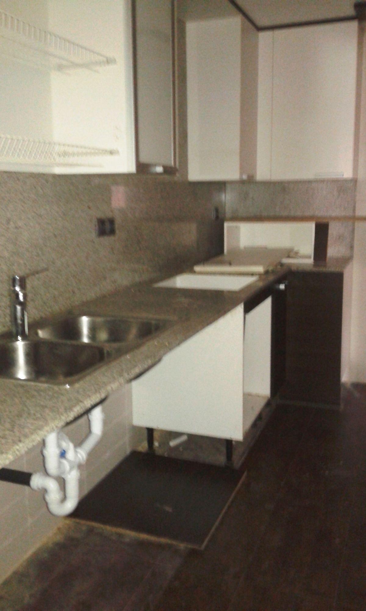 Piso en venta en Piso en Rosselló, Lleida, 82.400 €, 3 habitaciones, 141 m2