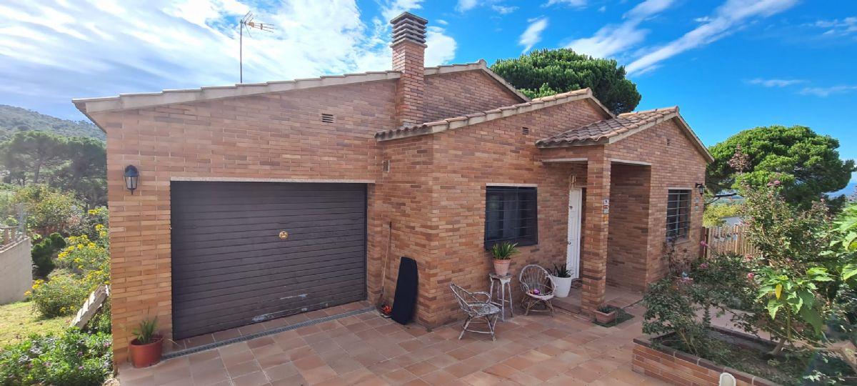 Casa en venta en 90293, Maçanet de la Selva, Girona, Calle Sant Roc, 210.000 €, 3 habitaciones, 1 baño, 120 m2