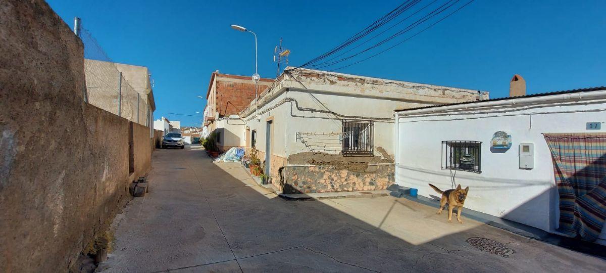 Casa en venta en Casa en Fiñana, Almería, 41.000 €, 5 habitaciones, 2 baños, 212 m2