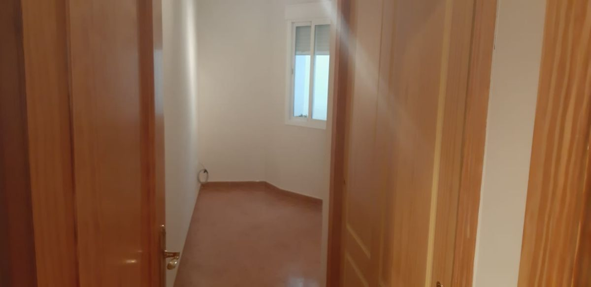 Piso en venta en Piso en Vélez-málaga, Málaga, 115.000 €, 3 habitaciones, 2 baños, 92 m2