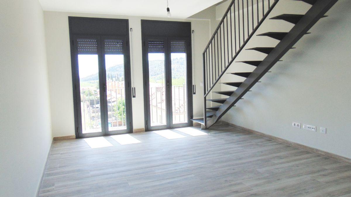 Piso en venta en Piso en Sant Martí Sarroca, Barcelona, 145.000 €, 3 habitaciones, 2 baños, 103,75 m2