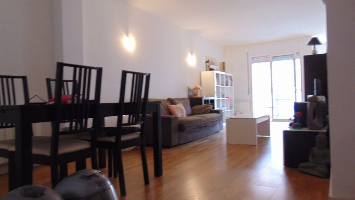 Piso en venta en Piso en Vilafranca del Penedès, Barcelona, 182.000 €, 3 habitaciones, 2 baños, 148 m2