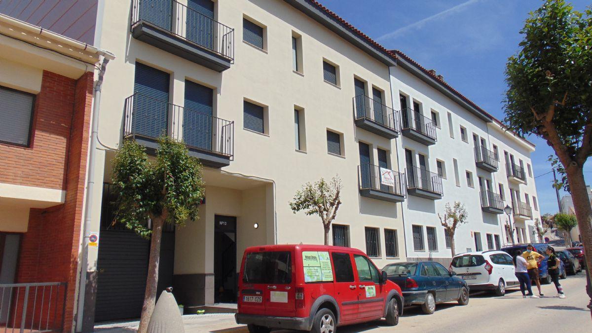 Piso en venta en Sant Martí Sarroca, Barcelona, Calle Casetes, 125.000 €, 3 habitaciones, 2 baños, 75 m2