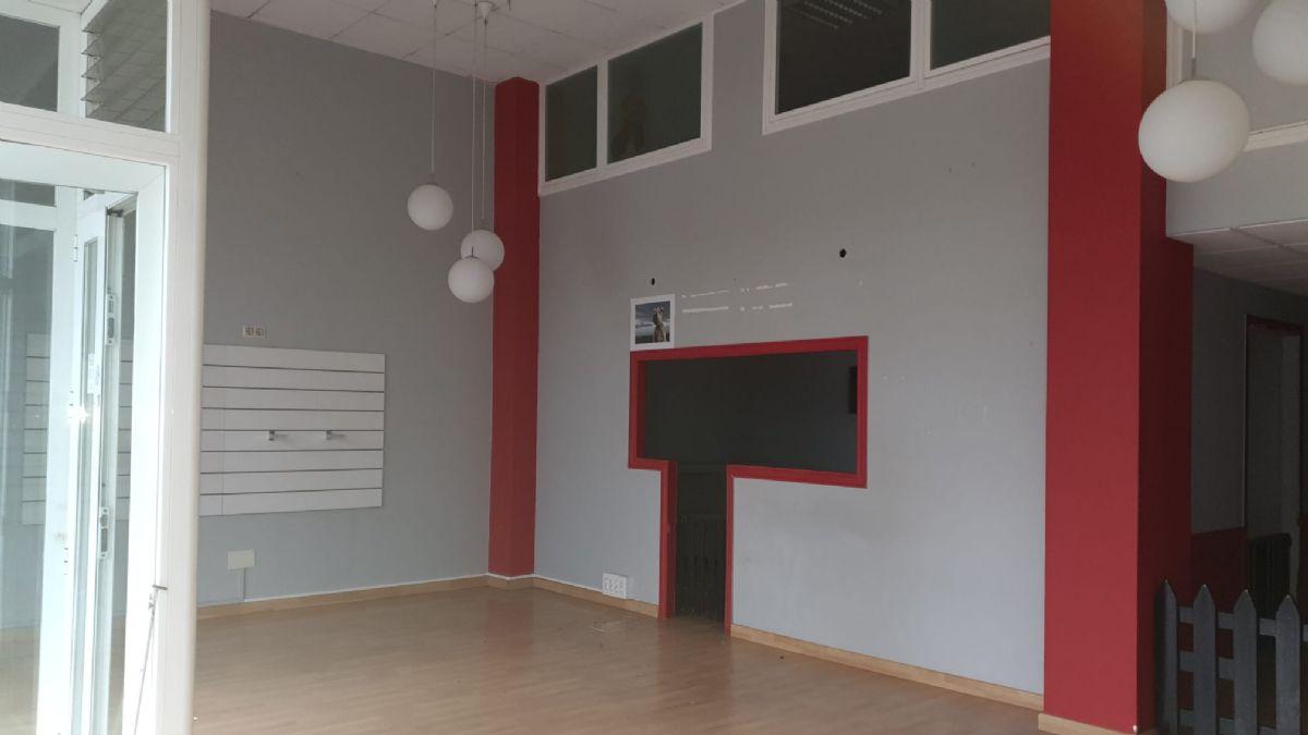 Local en venta en Local en Ferrol, A Coruña, 160 m2