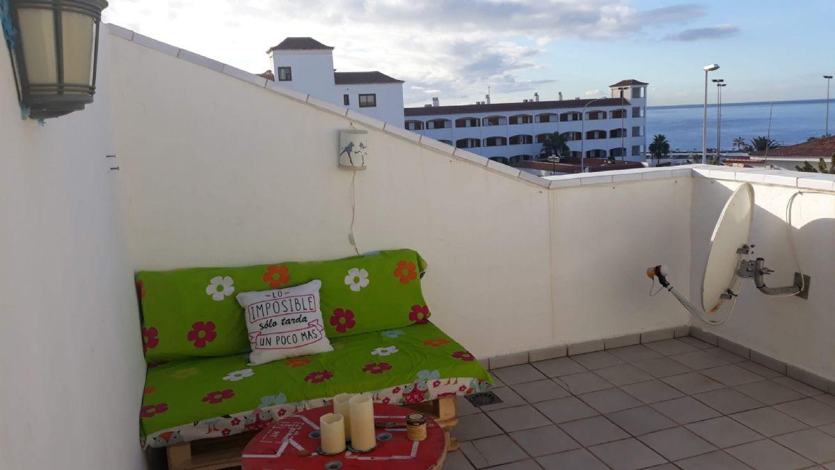 Casa en venta en 40603, Arona, Santa Cruz de Tenerife, Calle Ulises, 225.000 €, 2 habitaciones, 2 baños, 150 m2
