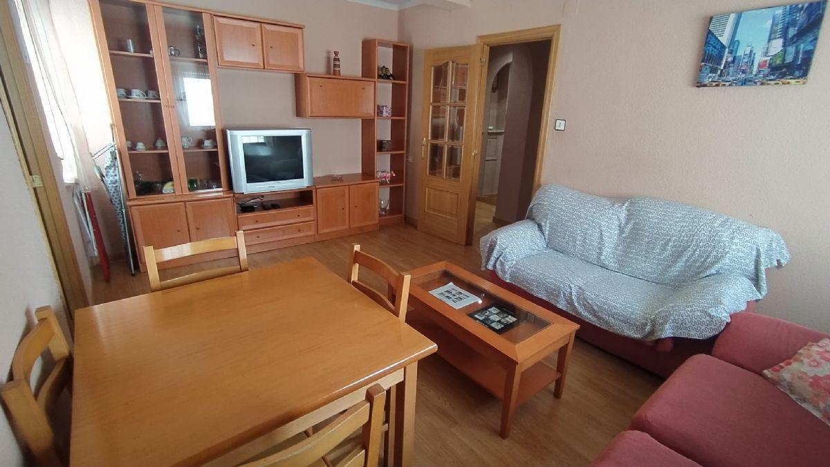 Piso en venta en Vidal, Salamanca, Salamanca, Calle Regato del Anís, 125.000 €, 3 habitaciones, 1 baño, 82 m2