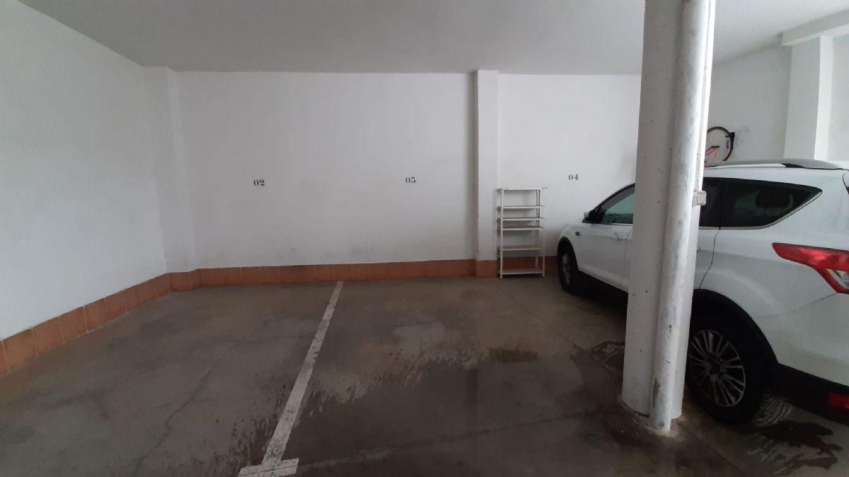 Piso en venta en Piso en Tomelloso, Ciudad Real, 90.000 €, 3 habitaciones, 2 baños, 110 m2
