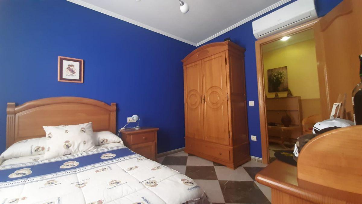 Casa en venta en Casa en Tomelloso, Ciudad Real, 150.000 €, 4 habitaciones, 2 baños, 176 m2