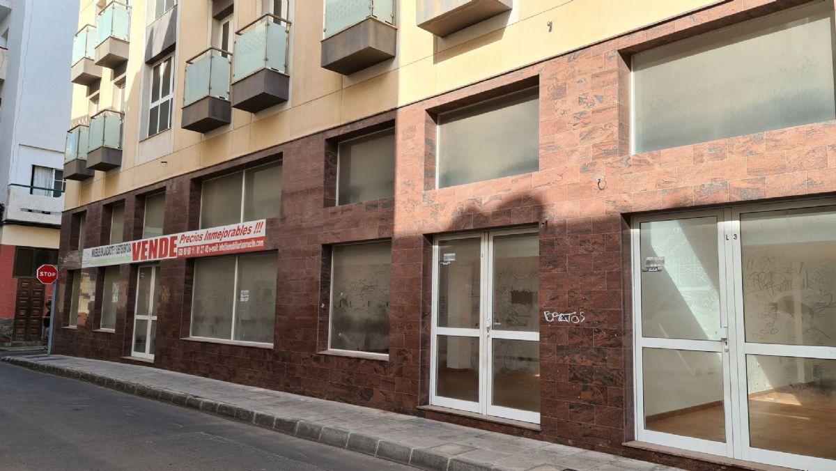 Local en venta en Arrecife, Las Palmas, Calle Jose Betancort, 166.000 €, 309 m2
