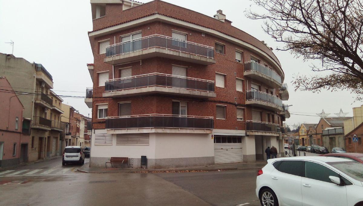 Piso en venta en Can Sala, Sant Fruitós de Bages, Barcelona, Avenida Doctor Fleming, 99.000 €, 2 habitaciones, 1 baño, 91 m2