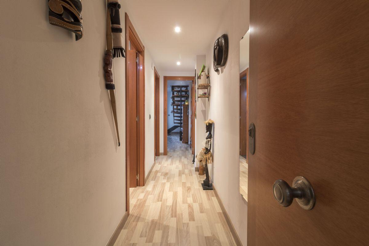 Piso en venta en Piso en Vilafranca del Penedès, Barcelona, 170.000 €, 2 habitaciones, 1 baño, 70 m2