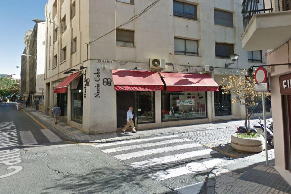 Local en venta en Local en Sevilla, Sevilla, 50.000 €, 87 m2