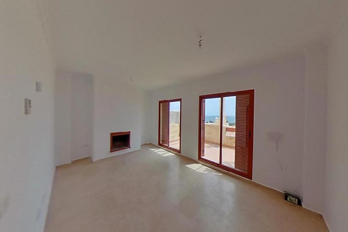 Casa en venta en Sabinillas, Manilva, Málaga, Avenida Suecia, 147.000 €, 2 habitaciones, 3 baños, 145 m2