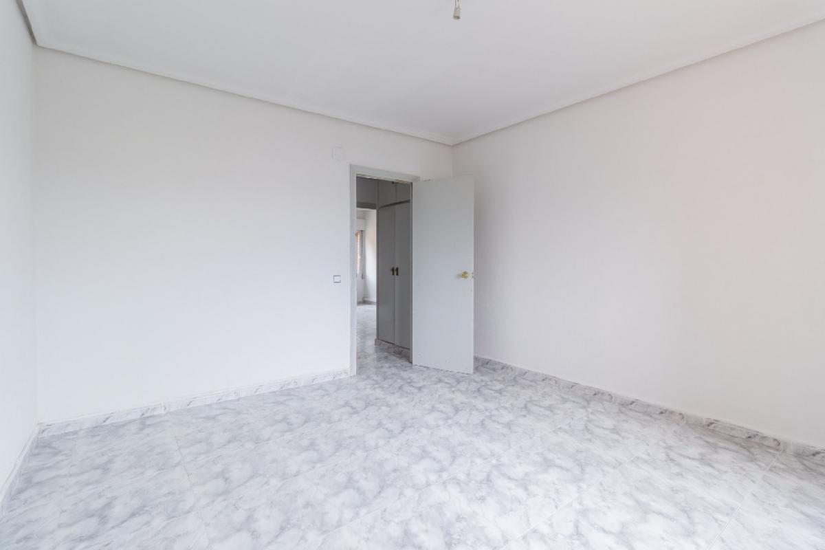 Piso en venta en Piso en Ciempozuelos, Madrid, 123.500 €, 3 habitaciones, 2 baños, 99 m2