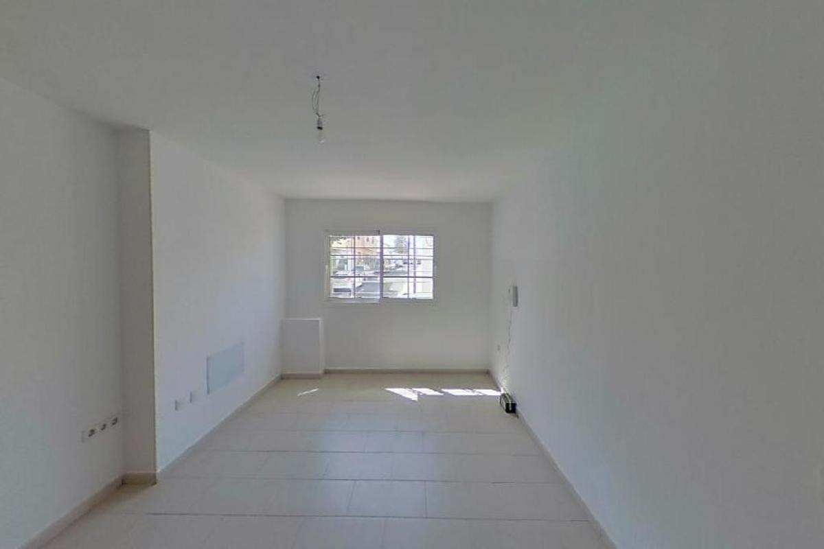 Piso en venta en Bockum, Arrecife, Las Palmas, Calle Alfonso Xii, 97.800 €, 3 habitaciones, 2 baños, 84 m2