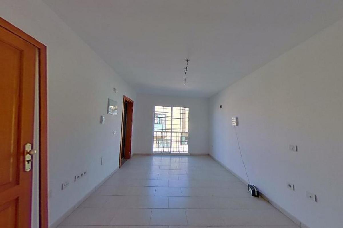 Piso en venta en Bockum, Arrecife, Las Palmas, Calle Alfonso Xii, 111.784 €, 3 habitaciones, 2 baños, 84 m2