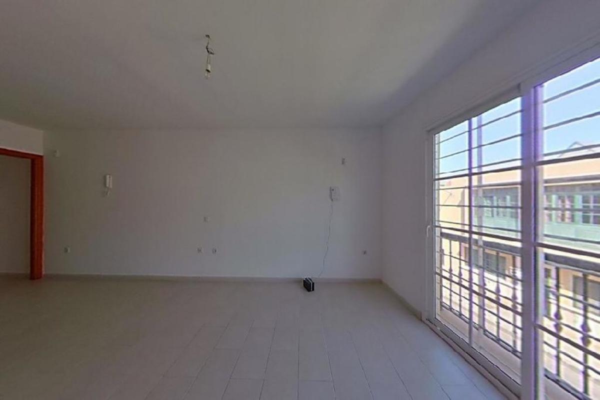 Piso en venta en Bockum, Arrecife, Las Palmas, Calle Alfonso Xii, 111.769 €, 3 habitaciones, 2 baños, 85 m2