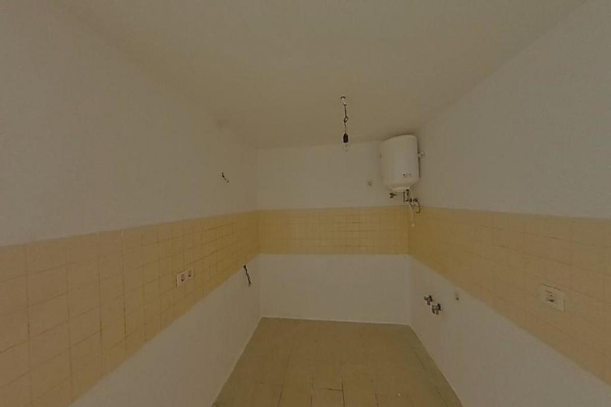 Piso en venta en Piso en Arrecife, Las Palmas, 99.924 €, 3 habitaciones, 2 baños, 85 m2