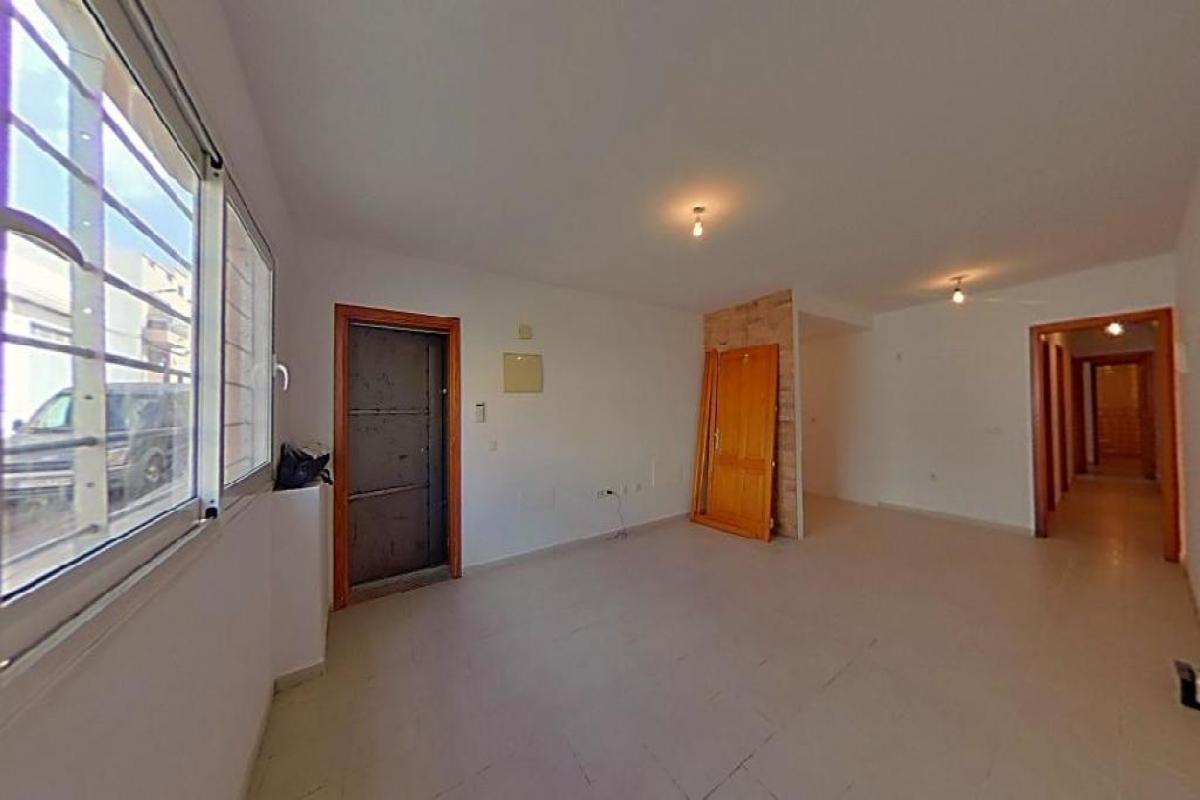 Piso en venta en Bockum, Arrecife, Las Palmas, Calle Alfonso Xii, 110.470 €, 3 habitaciones, 2 baños, 85 m2