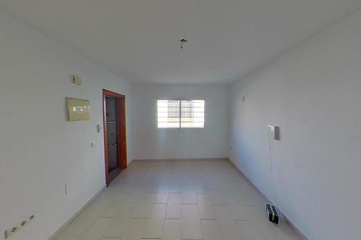 Piso en venta en Bockum, Arrecife, Las Palmas, Calle Alfonso Xii, 110.004 €, 3 habitaciones, 2 baños, 84 m2