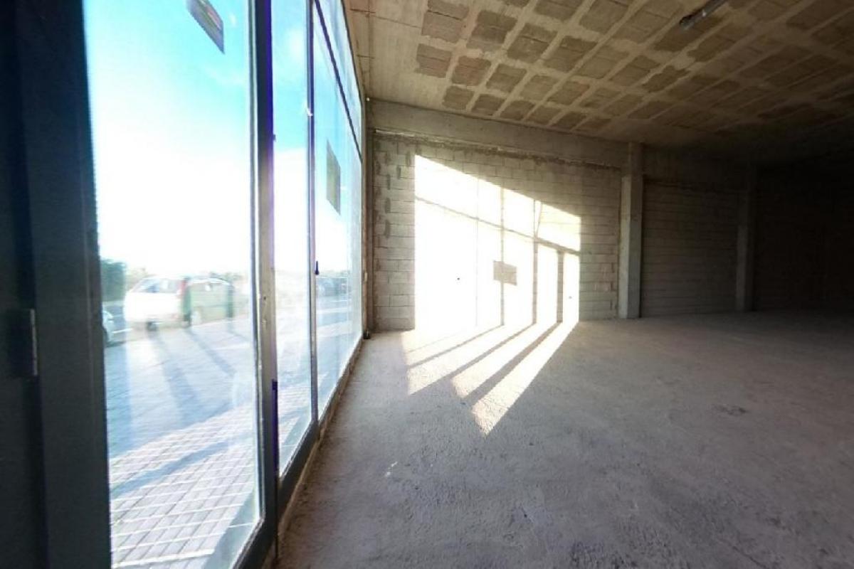 Local en venta en Local en la Palmas de Gran Canaria, Las Palmas, 117.000 €, 490 m2