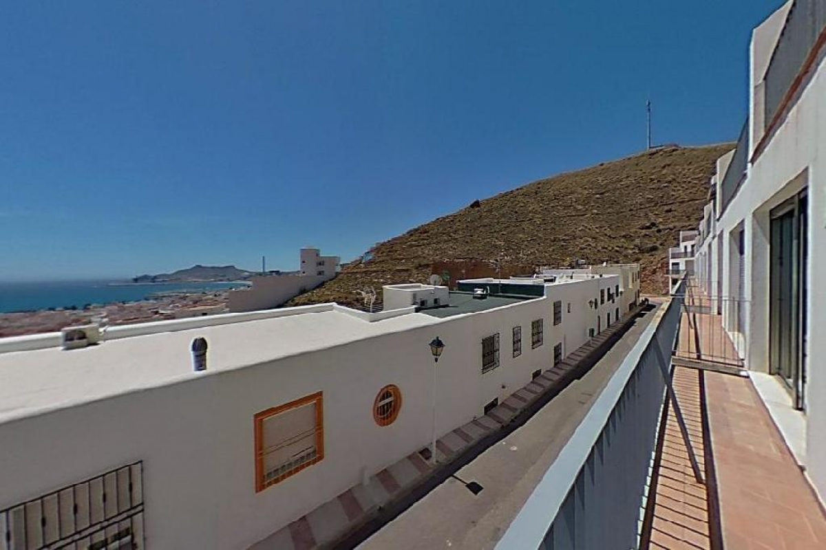 Piso en venta en Piso en Carboneras, Almería, 84.000 €, 2 habitaciones, 103 m2